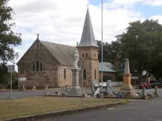 Tasmanian Wool Centre.: Church near the Wool Centre