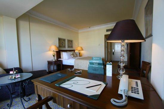 The Arkin Colony Hotel : Standard Club Room