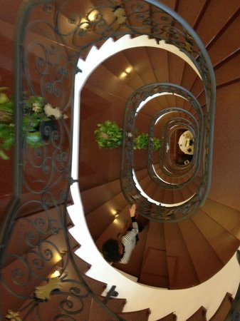 Grand Hotel Trento: la scala