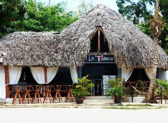 Le Tainos - Tapas Bar & Lounge in the heart of Las Galeras, Dominican Republic