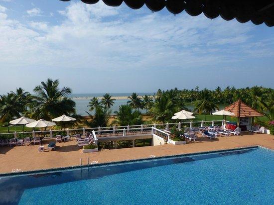 Isola Di Cocco Beach Resort : zwembad