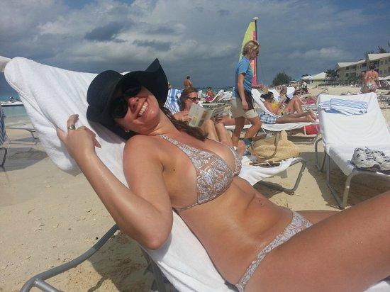 Grand Cayman Marriott Beach Resort: Beach side