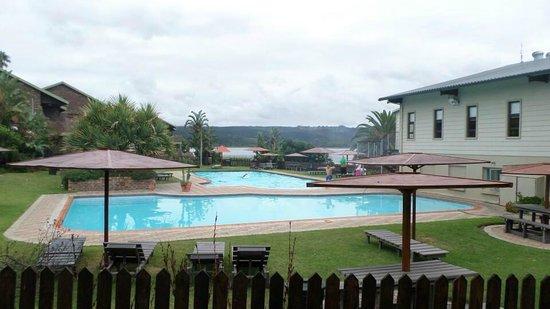 Pine Lake Marina: Cold water pools