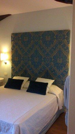 Hotel Alma Domus: Stanza ristrutturata (con vista)