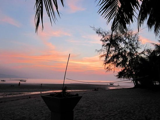 Phangan Rainbow Bungalows: View from the restaurant