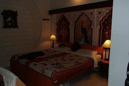 Sunder Palace Guest House: Notre chambre Sunder Palace 850 rp Janv.2014
