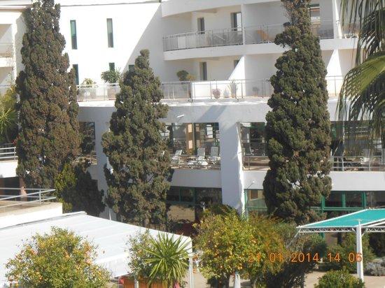 Hotel Agadir Beach Club: vue d'une terrasse d'une suite