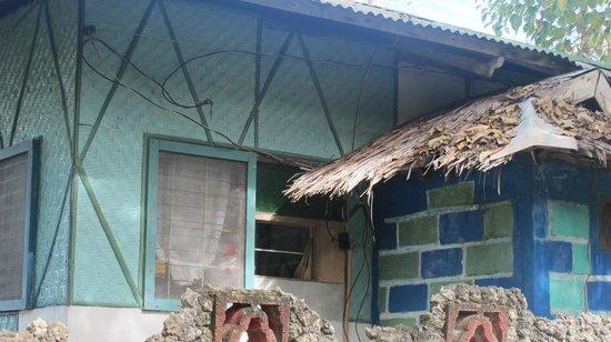 Casa de la Playa Beach Resort: Vorderseite der Bungalow
