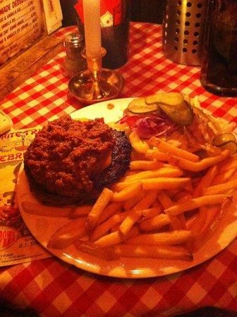 White Trash Fast Food: Hamburguesa con chili