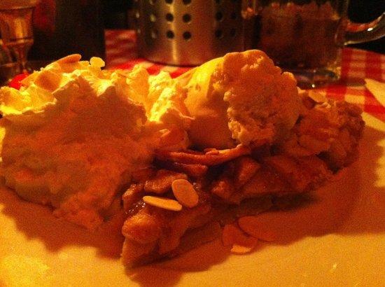White Trash Fast Food: memorable apple pie
