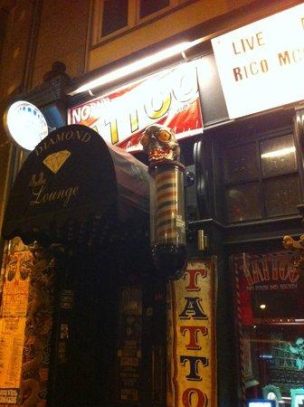 White Trash Fast Food: tienda de tatuajes