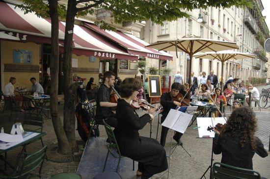 Pastis | Dehor Piazza Emanuele Filiberto - Foto di Pastis | Bar ...