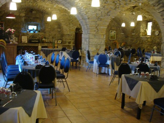 Grospierres, France : Restaurant La Bergerie