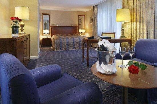 Kempinski Hotel Bristol: Junior Suite