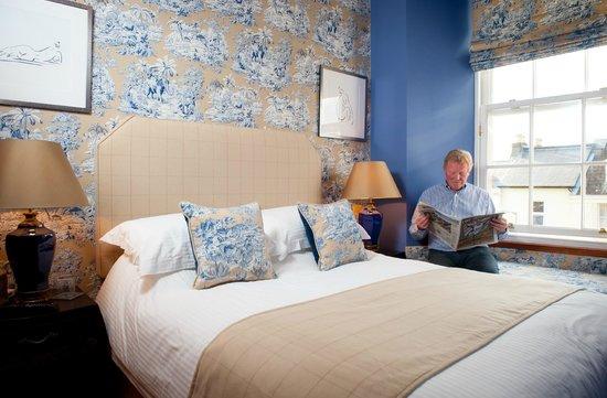 Alexander Residence: Barossa Bedroom