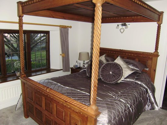 Giraffe Lodge : one of the double rooms