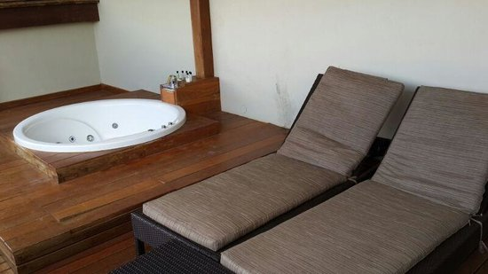 InterContinental Mauritius Resort Balaclava Fort: Deluxe Ocean View Jaccuzi