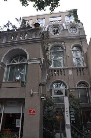 Rendez Vous Hotel Buenos Aires : exterieur de l'hotel Rendez vous