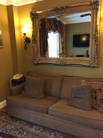 Church Street Inn: Living room in 227