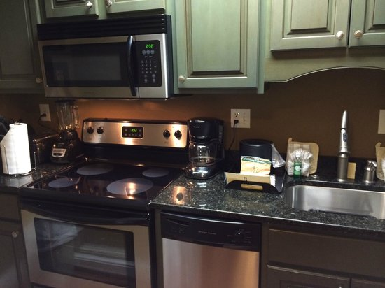 Church Street Inn: Fully equipped kitchen in 227