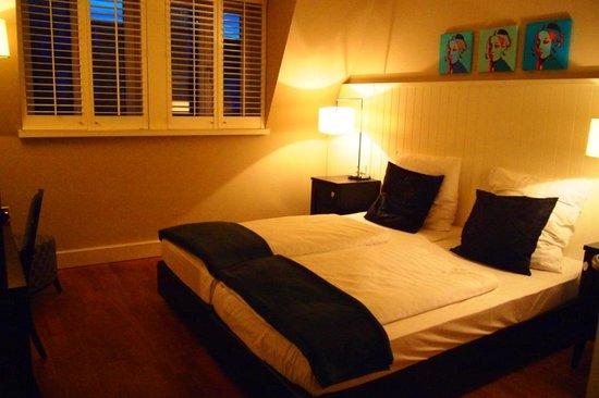 Victoria Hotel: 可愛い客室