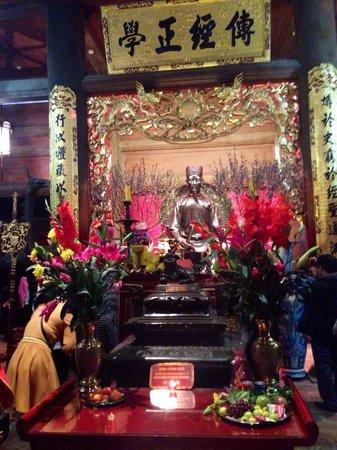 Temple de la Littérature de Hanoï : Set indefra