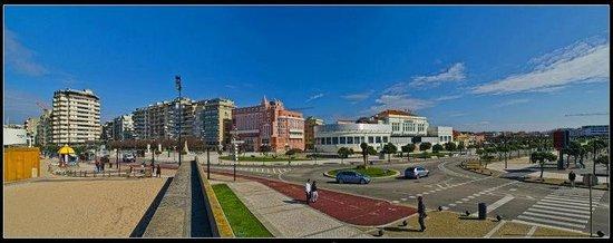 Grande Hotel de Povoa : Hotel e o casino local