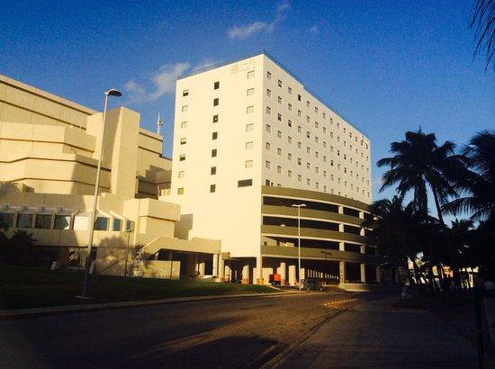 Aloft Cancun : Outside of the hotel