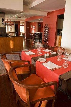 Grande Hotel de Povoa: Restaurante do hotel com Buffet´s de comida tipicamente portuguesa