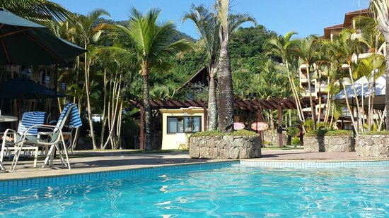 Golden Tulip Angra dos Reis: Área da piscina!