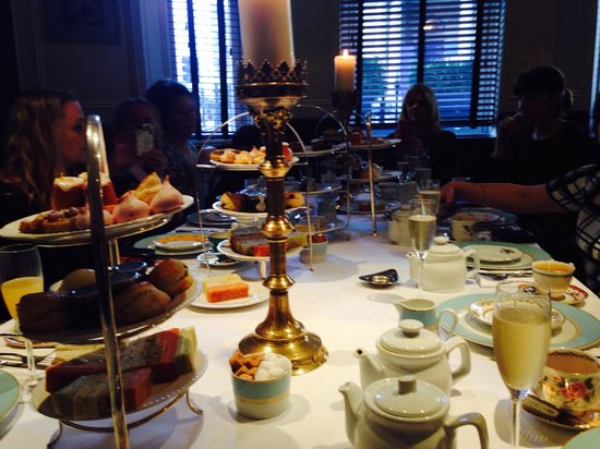 Reform Social & Grill : Shot of our table