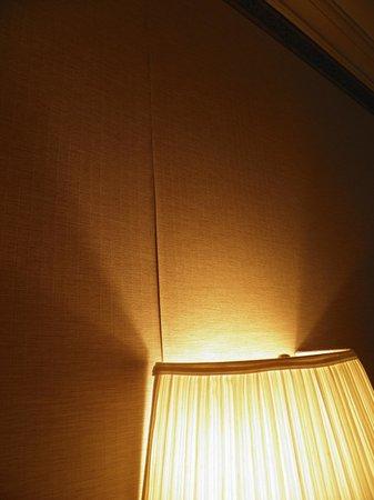Avalon Hotel: papel levantado