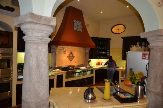 Antigua Capilla Bed and Breakfast: Cuisine