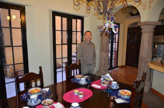 Antigua Capilla Bed and Breakfast : Salle du petit déjeuner