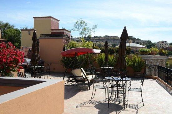 Antigua Capilla Bed and Breakfast: Terasse