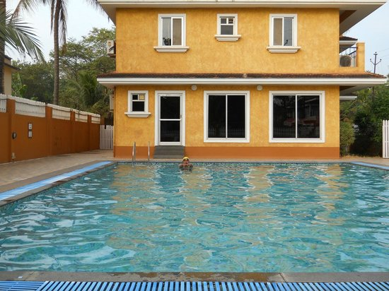Jasminn by Mango Hotels: Swimming pool