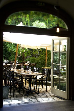 Le Cafe des Artistes : Terrasse