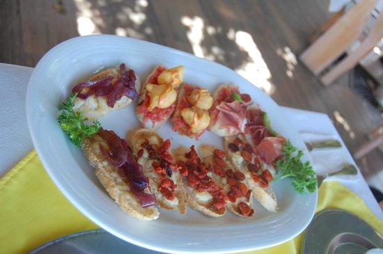La Taverna GastroBar: Worst ever so called tapas