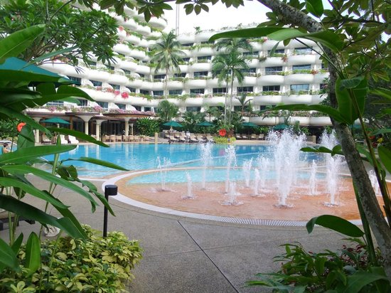 Shangri-La Hotel, Singapore: pool area