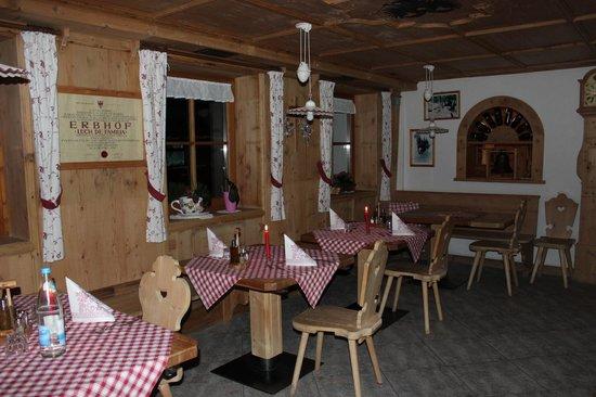 Agriturismo Soleseid: sala ristorante_foto3