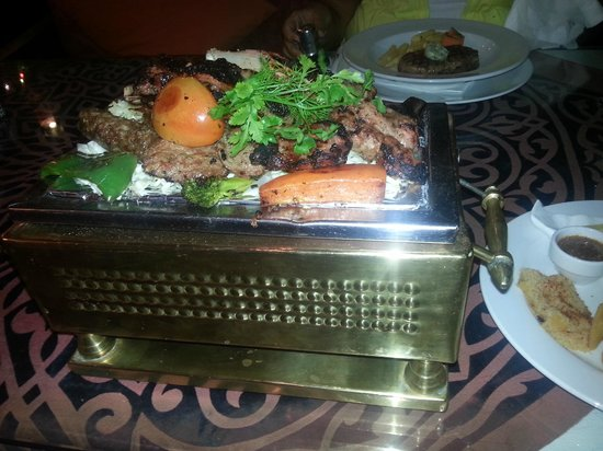 Ali Baba Restaurant : Mixed grill for one!