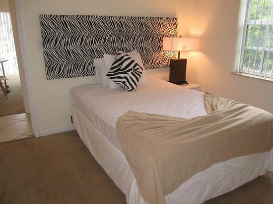 Coral Reef Apartments : slaapkamer 2