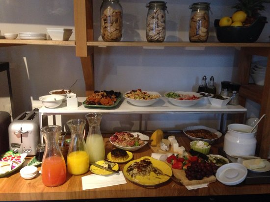 Townhouse Tel Aviv: A Part of the lovely breakfast