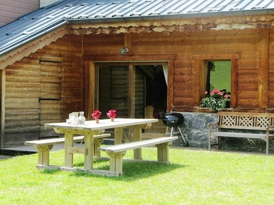 Chalet Alouette In The Summer