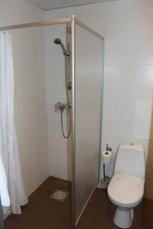 Hotel Tallinn Viimsi SPA: Ванная комната нашего номера