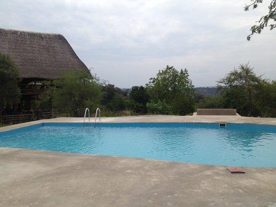 Mburo Safari Lodge: Large Swimming Pool