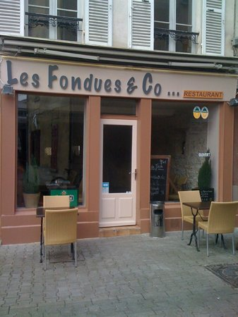 Les Fondues and CO