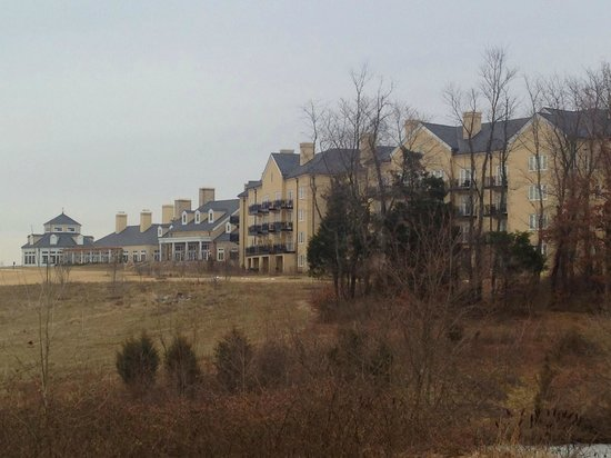 Salamander Resort & Spa: Grand lawn and back of resort