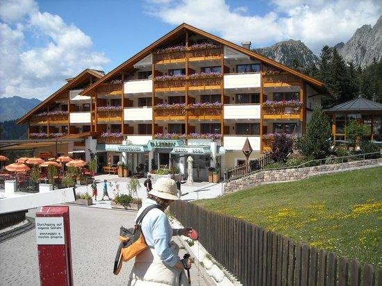 Hotel Falzeben: Facciata Hotel