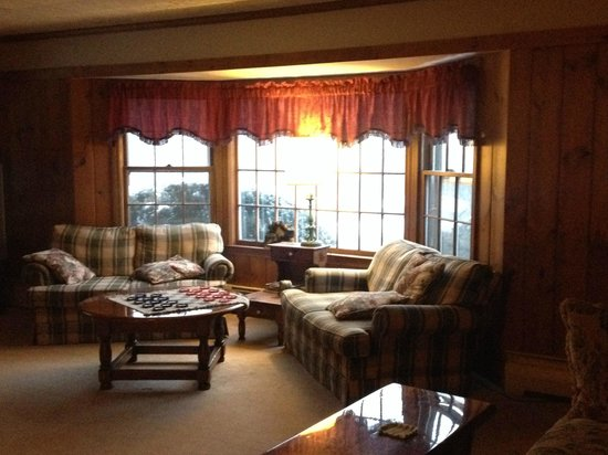 Big Bears Lodge : A portion of the family room--a bit too big to get it all in, and one of many rooms on the premi